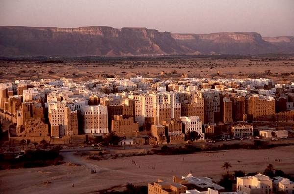 파일:attachment/shibam-mud-brick-city-in-yemen-desert12.jpg