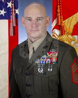 파일:19th_Sergeant_Major_of_the_Marine_Corps_Troy_E._Black.jpg